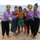 Tye Dye Team Make a Difference in Sri Lanka